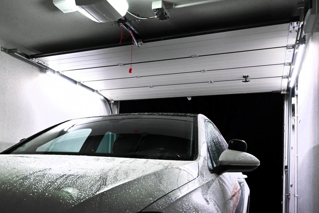 ZAPF Light 200 LED-Beleuchtungssystem Garagentore